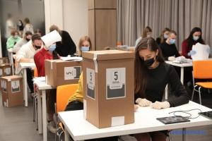 Grupo Rating: Cómo responden los ucranianos a las 5 preguntas de Zelensky