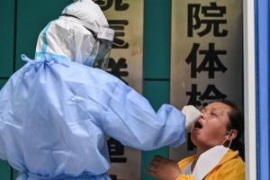 У Китаї на коронавірус тестують усе місто-мільйонник