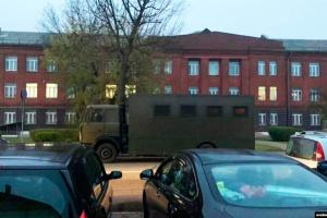 В первый день забастовки в Беларуси - сотни задержанных