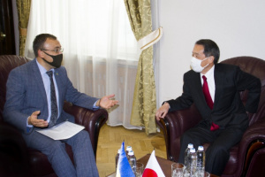日本大使、外務次官と核軍縮、サイバー、安保協力を協議
