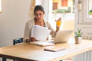Шмигаль закликає компанії переводити роботу в онлайн