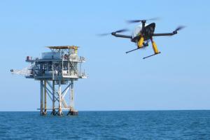 В Іспанії представили гібридний квадрокоптер, який може літати понад 10 годин