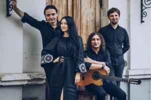 歌手イヴァンカ・チェルヴィンシカ、ウクライナの民謡アレンジ曲のアルバム発表