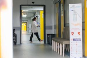 У Румунії за добу зафіксували найбільше випадків COVID-19 від початку пандемії