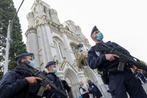 Туреччина засудила напад на базиліку в Франції