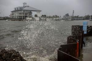 В США из-за урагана «Зета» погибли шесть человек