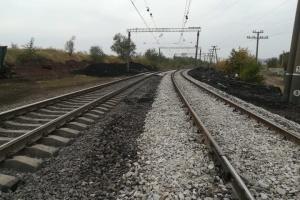 Під Кривим Рогом відновили колії на ділянці, де зійшов з рейок вантажний поїзд
