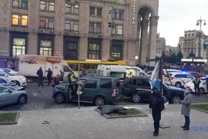 Підозрюваний у смертельній ДТП на Хрещатику обіцяє потерпілим допомогу – адвокат
