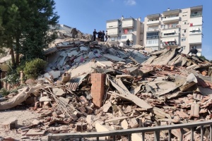 В Турции возросло число погибших в результате землетрясения