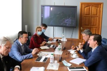 El ministro de Desarrollo Económico, Petrashko, se reúne con representantes de Argentem Creek