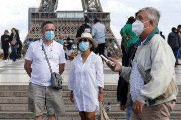 Covid -19 : Une étude démontre que les masques de protection bloquent 99,9% des grosses gouttelettes à risque