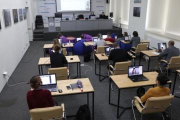 Ukrinform et DPA ont organisé une série de webinaires au sujet de la reconnaissance des fausses informations