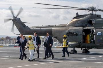 Zelensky visita la base de la Marina Real
