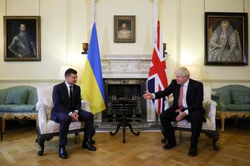 El presidente de Ucrania se reúne con el primer ministro británico en Londres