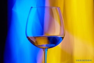 保安庁、クリミアから「移動」したワインメーカーの制裁解除を提起