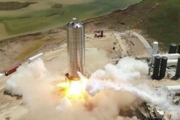 Маск підготував Starship до тестового «стрибка»