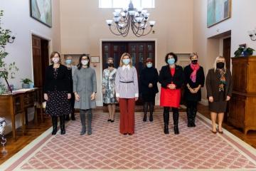Olena Zelenska se reúne con embajadoras de países extranjeros en Ucrania
