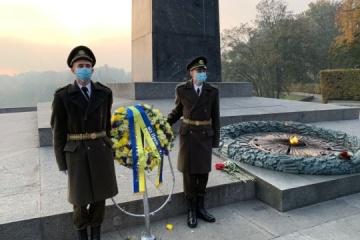 El presidente Zelensky conmemora a las víctimas de la Segunda Guerra Mundial