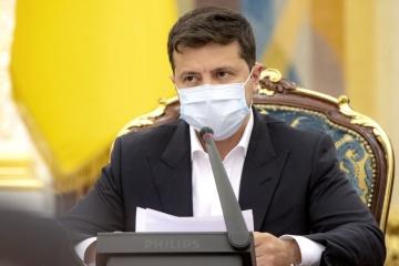 ゼレンシキー大統領、病院からメッセージ コロナ病床増やIMF