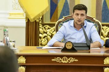 Zelensky: Si no ponemos fin al caos de la Corte Constitucional, tendremos enfrentamientos en las calles