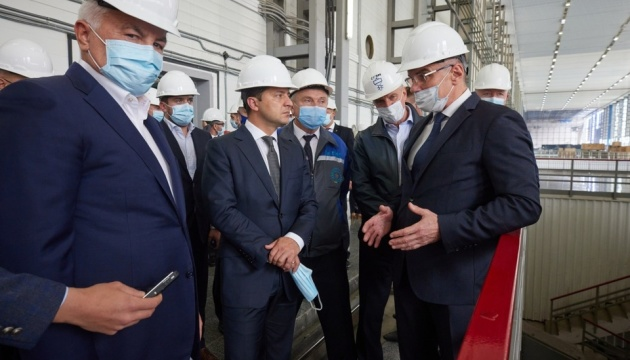 Зеленський проінспектував будівництво гідроагрегату на Дністровській ГАЕС