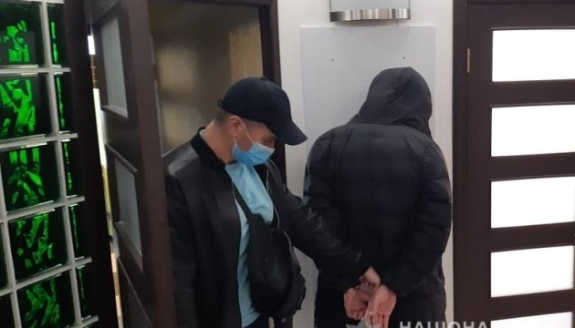 У Києві затримали чоловіка, який стріляв у поліцейського