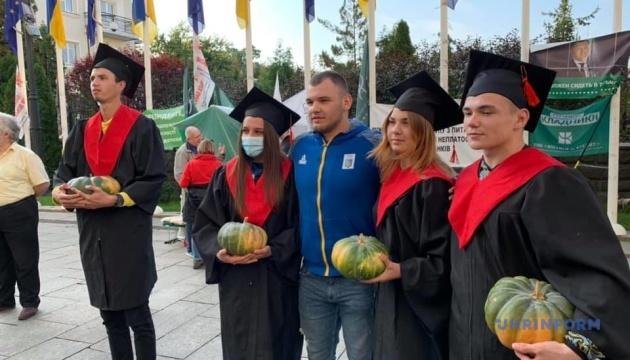 Під ОП відбулась акція проти діяльності Шкарлета як в.о. міністра освіти