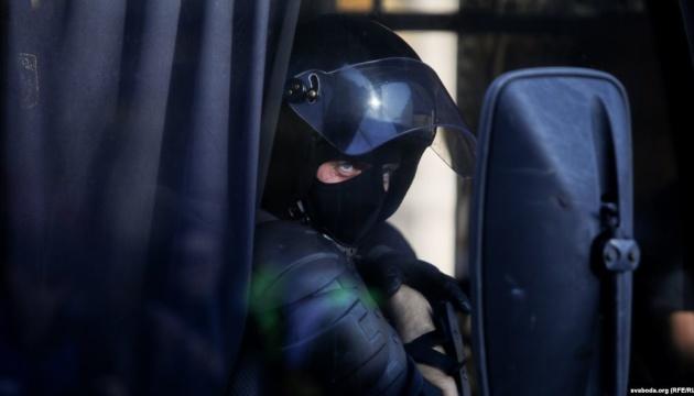 У Мінську перед маршем на підтримку політв'язнів почалися затримання