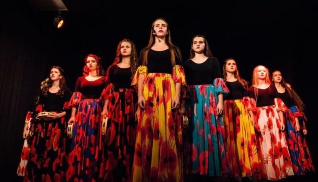 Дитячий театр «FantaziaNew» відкрив сезон виставою «Циганська муза»