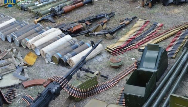 Зі схронів окупантів на Донбасі цьогоріч  вилучили понад 100 тисяч боєприпасів
