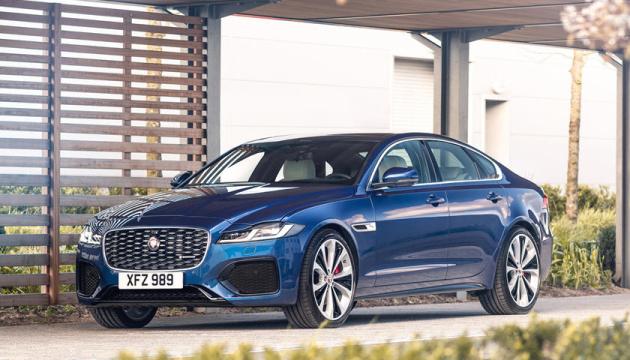 Jaguar представив седани із двигунами на 246 та 296