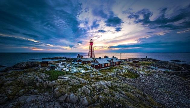 На шведському острові туристам пропонують відчути себе доглядачем маяка
