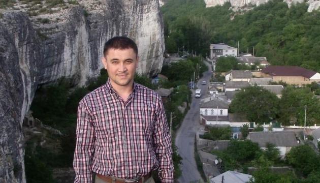 Окупанти залишили під арештом кримськотатарського активіста Бектемірова