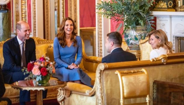 Herzog und die Herzogin von Cambridge treffen sich mit Präsidenten der Ukraine Selenskyj und seiner Frau Olena