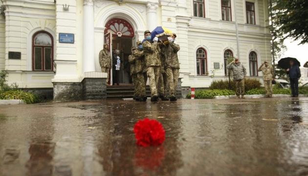 На Чернігівщині ховають трьох загиблих в авіакатастрофі Ан-26