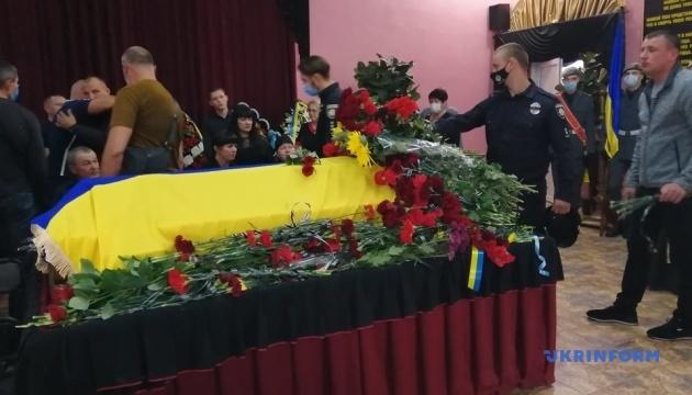 Авіакатастрофа на Харківщині: у Херсоні попрощалися з курсантом Клевцем