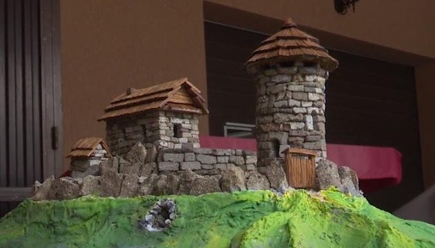 Мініатюрні замки Закарпаття покажуть туристам вже цими вихідними