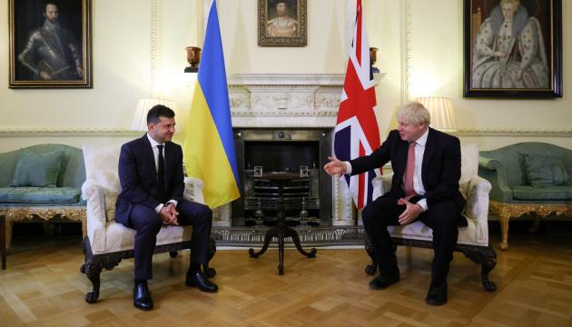 Johnson - Nasze zaangażowanie na Ukrainie jest mocne jak skała