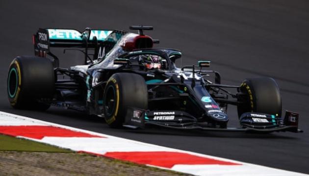 Формула-1: Гемілтон виграв Гран-прі Айфеля і повторив рекорд Шумахера