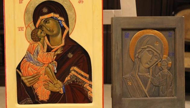 Роботи українських мисткинь з Північної Македонії представили на виставці в Скоп'є