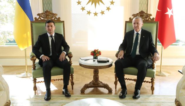 エルドアン土大統領、クリミア脱占領プラットフォーム参加準備あり=ゼレンシキー大統領