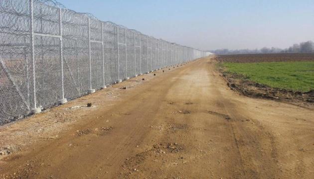 Греция начала строительство «стены» на границе с Турцией