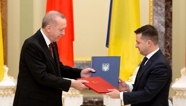 Zelensky et Erdogan ont convenu de renforcer la coopération entre la Turquie et l'Ukraine