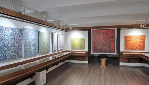 У Домі Франка у Львові відкрили виставку сучасного абстрактного живопису