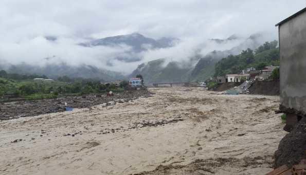 Наводнения и оползни во Вьетнаме унесли 55 жизней