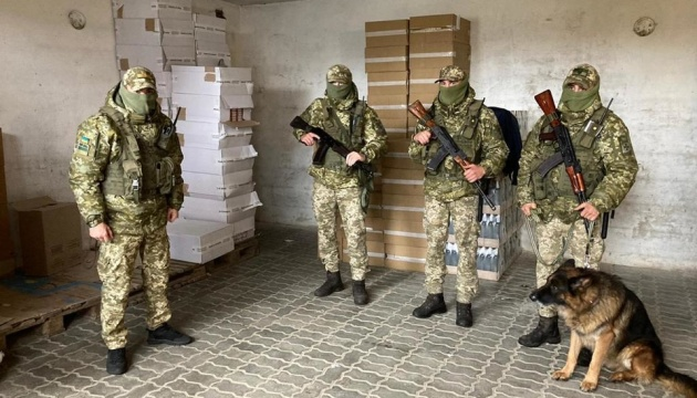 На Львівщині «накрили» кілька складів з контрафактом