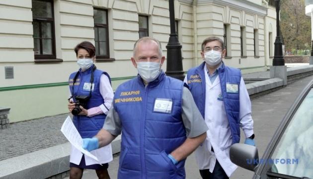Директор больницы им. Мечникова считает третью волну COVID-19 самой страшной