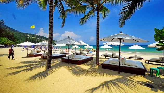Таиланд начал принимать туристов - впервые за последние семь месяцев