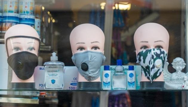 Понад 60% українців підтримують введення локдауну в разі COVID-спалаху