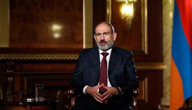 Вірменський парламент проводить позачергове засідання щодо відставки Пашиняна